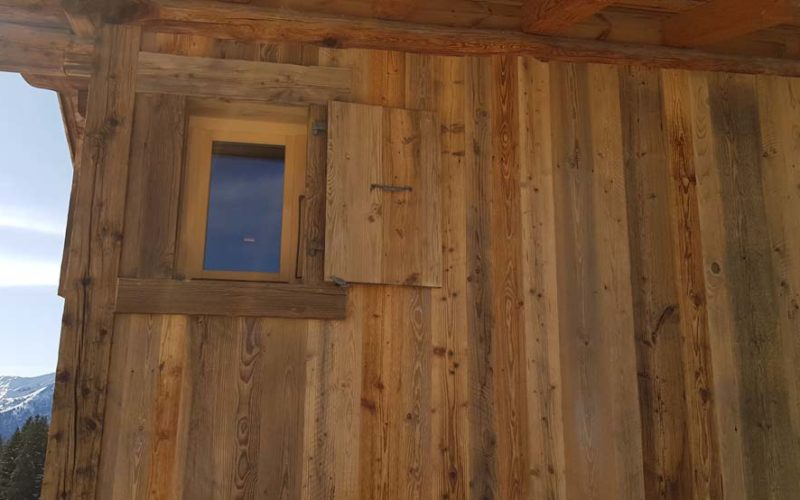 39CHALET RENOVATION PROVIN CORRE